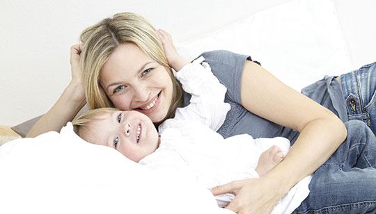 Alleinstehende Frau mit Kind